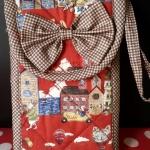 กระเป๋าแนวตั้งโบว์ตีนตุ๊กแก NO.2