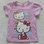 H&M : เสื้อยืดแขนสั้น สีม่วงอ่อน สกรีนลาย Kitty ที่แขนผูกโบว์เล็กๆ ด้วยค่ะ (งานป้ายไม่ตรงไซส์)