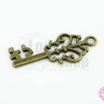 จี้ทองเหลือง กุญแจ 15X35มิล (1ชิ้น)