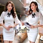 [พร้อมส่ง] เสื้อผ้าแฟชั่นเกาหลี เดรสผ้าลูกไม้สีขาวสไตล์เจ้าหญิง งานสวยหวานน่ารักมากค่ะ ทรงคอตั้งมีโบว์สีดำปักคริสตัลเพิ่มความสวยให้กับชุด