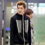 เสื้อกันหนาวซิปหน้า(สีดำ) EXO