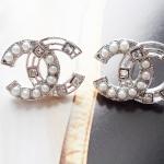 ต่างหู Chanel Diamond and Pearl