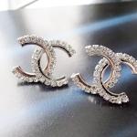 ต่างหูคริสตัล CC Chanel