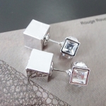 ต่างหูแฟชั่น Dior รูป Cubic ใส่หน้าหลัง