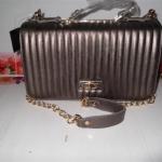 กระเป๋า Chanel Size 12 นิ้ว สีน้ำตาลเข้มเหลือบทอง