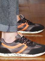รองเท้าผ้าใบผู้ชายแฟชั่น