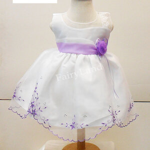ชุดออกงานเด็กสีขาวแขนกุดผ้าไหมแก้ว BL417