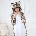 ชุดนอนเสือดาว