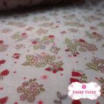 ผ้าคอตตอนญี่ปุ่น 100% 1/4เมตร พื้นสีขาว ลายจุด ดอกไม้