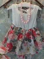 ชุดเดรสแฟชั่นเด็กเสื้อสีขาว กระโปรงสองชั้นลายดอกกุหลาบ ผ้าเนื้อนุ่ม แบบเก๋ น่ารักสไตล์เกาหลี