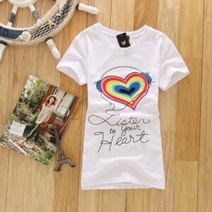 เสื้อยืดสีขาว ลายหัวใจสดใส