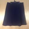 เอว 44-46 แบรนด์ตัดป้าย กระโปรงทำงานคนอ้วน ผ้าคล้ายผ้าโซล่อน ทรงหางปลาย้วยนิดๆ สีน้ำเงินกรม