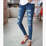 กางเกงยีนส์คลุมท้องขายาว ขามีรอยขาด มีพยุงหน้าท้อง เอวมีสายปรับระดับได้ สวยๆแนวๆ มี size L, XL ค่ะ