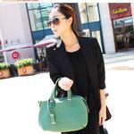 กระเป๋าแฟชั่น maomaobag สี เขียว หนังpu เนื้อนิ่ม พร้อมสายยาว เหมาะกับสาวยุคใหม่ สวยมากจ้า