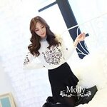 Vintage embroidery Knit style korea